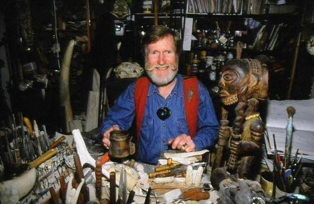 Owen Mapp, NZ Bone Carver, Kapiti Coast